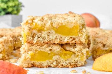 Healthy Peach Crumble Bars
