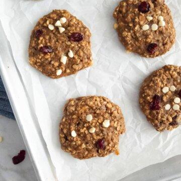 healthy cranberry banana breakfast cookies