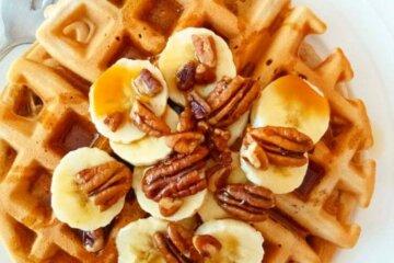 healthy banana nut waffles