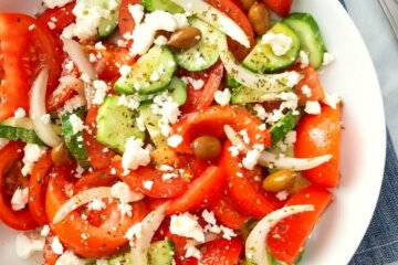 authentic traditional greek salad