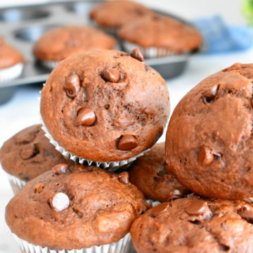 healthy double chocolate banana muffins