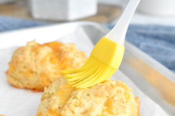 keto cheddar biscuits recipe