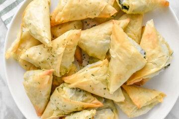 Spanakopitakia (Spinach and Feta Filo Triangles)