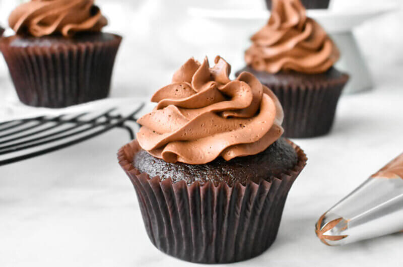 Whipped Chocolate Ganache Frosting