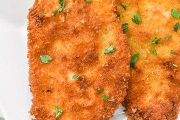 Crispy Chicken Cutlets on a platter